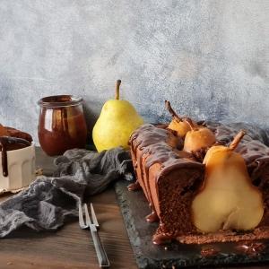 Čokoladni kolač s kruškama
