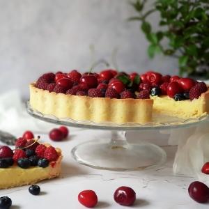 Tart sa svježim voćem